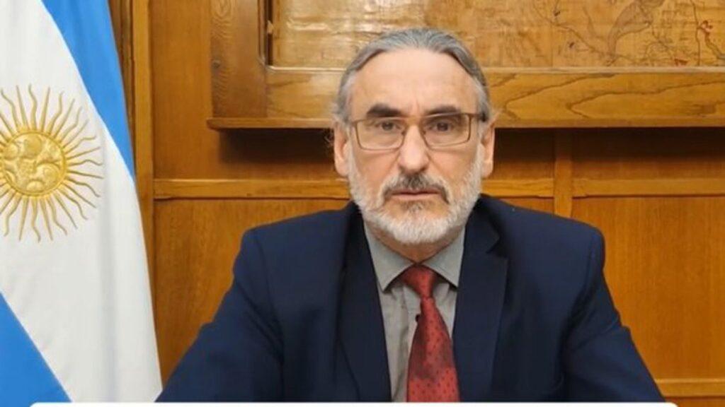 Carlos Pereira, FET