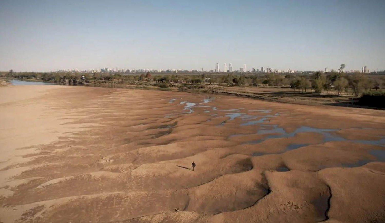 Estudiarán el impacto de la bajante del río Paraná en el medio ambiente y el agro - Diario Hoy En la noticia